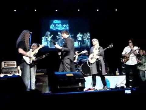 Michael Lee Firkins si finalul Zilei chitarelor 3