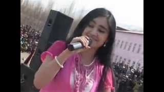 World most beautiful girl singing pamiri song 2013 best song ever