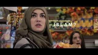 BULAN TERBELAH DI LANGIT AMERIKA - Official Trailer
