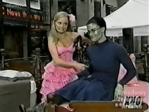 "Kristin Chenoweth & Idina Menzel - ""Popular"" - WICKED (NBC Today)"