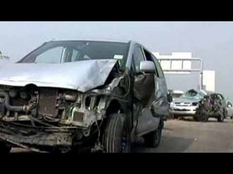 25-car pile-up on foggy highway near Delhi