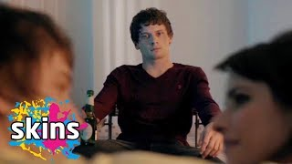 Louie Finds Out Charlie Is Cheating On Him - Skins Rise