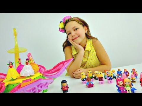 Детский театр. Феи ставят спектакль для игрушек с подружкой Настей.