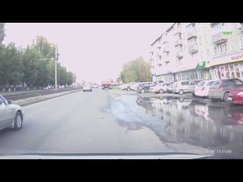 Мотоциклист вылетел на рельсы Барнаул 2013!