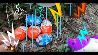 Parkta saklambaç oynarken yağmura yakalandık sürpriz yumurtaları kurtardık Funny Kids Video