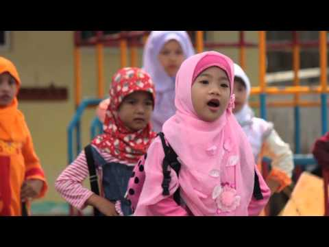 Zerlina Qonita - Medley Aku Cah Sekolah, Mentok-Mentok, Allah YME