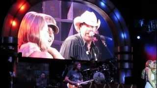 Download Lagu Toby Keith surprises wife with her returning soldier husband Gratis STAFABAND