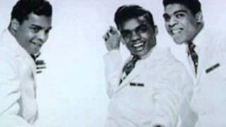 Watch Isley Brothers This Old Heart Of Mine video