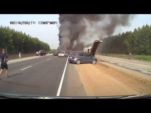 Замес на 550 км трассы М-6 «Каспий». Сгорели 2 авто