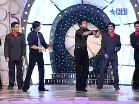 Shreesant dancing with shahrukh khan