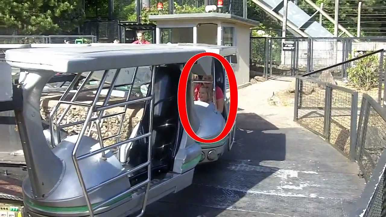 3yr old Daughter upside down on Enterprise (Alton Towers ...