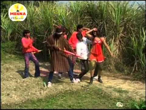 Bhojpuri New Sexy Hot Romantic Girl Video Song Of 2012 Ahira Gahira Le Holi Special video