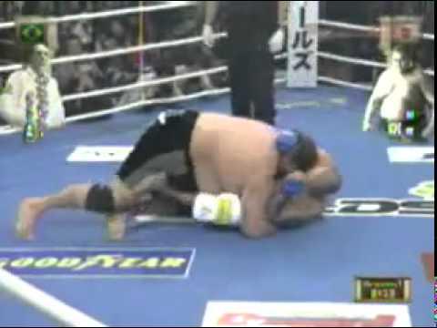 Royce Gracie vs Akebono Royce Gracie vs Japonês