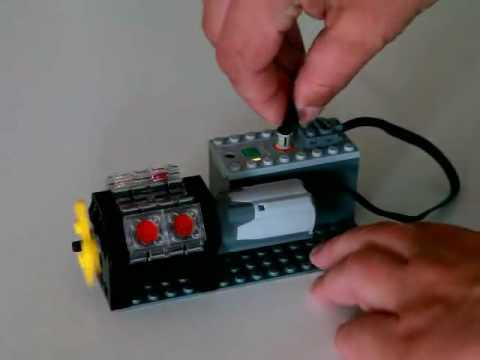 Video review of the new LEGO 8878 Rechargeable Battery Box