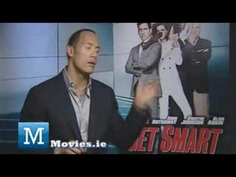 Dwayne Johnson (the Rock) discusses Get Smart & Republicans