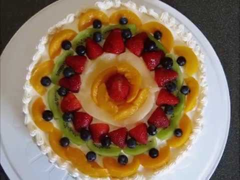Fresh Fruits With Whipping Cream Filling Sponge Cake/كيكة اسفنجية محشية كريم و فواكه / Recipe#2