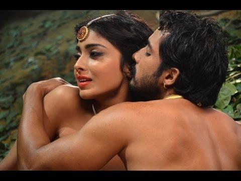 Shriya Saran Hot Romance With Prem Ii Hot Cleavage Show Ii video