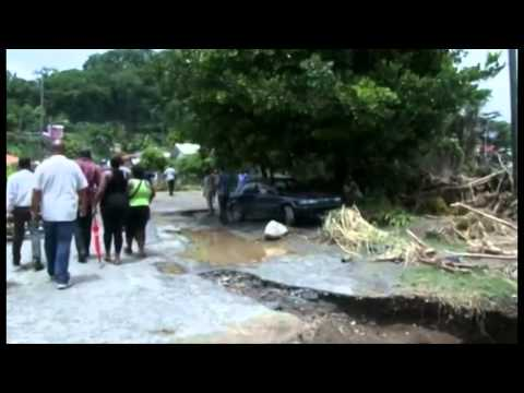 BBC World News - Tropical Storm Erica hits Dominica