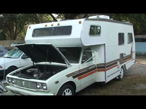 1978 TOYOTA MOTORHOME 20R 4 CILINDER MOTOR 4 SPEED ON FLOOR