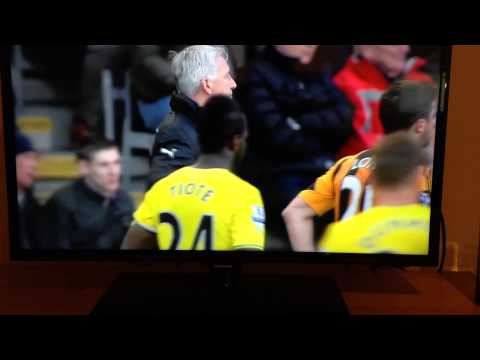 Alan Pardew headbutts David Meyler vs Hull City 01/03/14 (Full footage and replay)