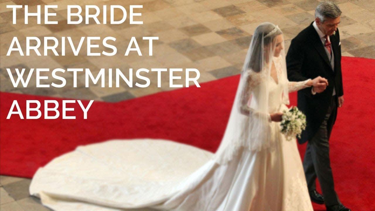 Catherine Middleton walks down the aisle - YouTube