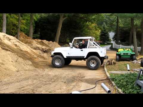 Jeep CJ7 Cummins diesel 4BT hill