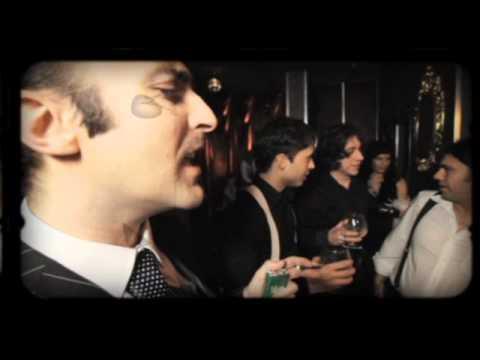 IDOLOS DE POLVO - Amarga Prisión - video clip oficial