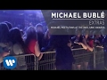 Michael Bublé - Michael Meets Fans At the 2010 Juno Awards [Extra]