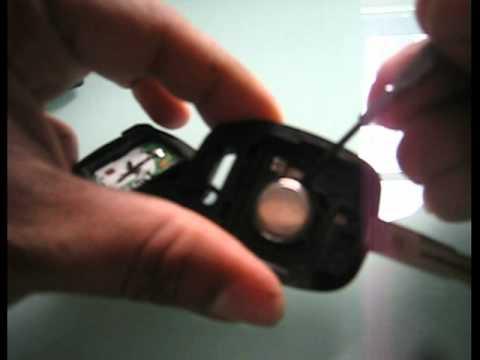 Замена батарейки в ключе Subaru Impreza. Видео.