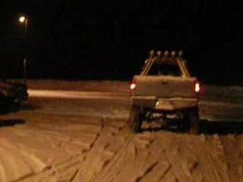 lifted chevy truck 4x4 fun in snow