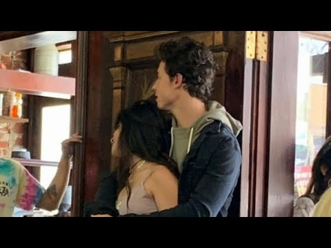 Download Lagu  Shawn Mendes and Camila Cabello Pack on the PDA in San Francisco -- New ! Mp3 Free