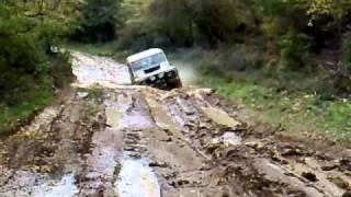 Land Rover Defender 90  - deep mud