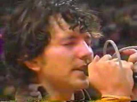Eddie Vedder- National Anthem Live at NBA Finals - YouTube