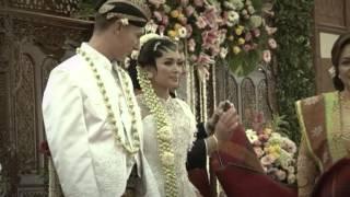Mark and Anggi Javanese Wedding