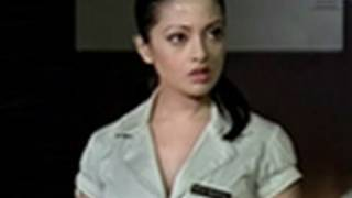 Hot n sexy Riya Sen gets ogled - Benny and Babloo