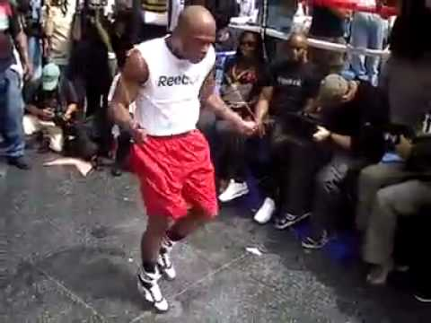 Floyd Mayweather - Awesome Skipping in Las Vegas