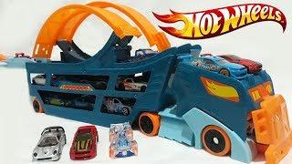 Hot Wheels Stunt N Go Hauler Truck Race Track Mobile Stunt Launcher