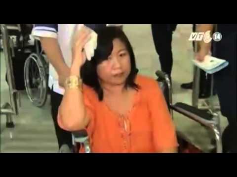 VTC14_Máy bay Philippines vào vùng nhiễu loạn, 17 người bị thương