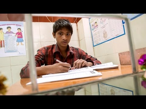 Children's Bank: Indian Street Kids Set Up Bank video