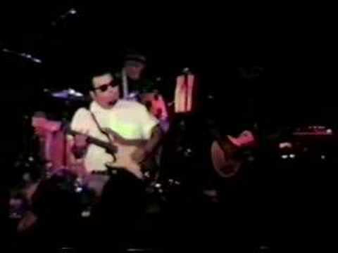 Los Lobos 'I Walk Alone' San Rafael, CA 1989