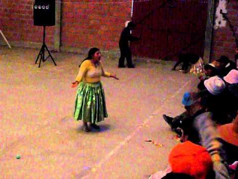 LIDER y las Cholitas Luchadoras de Bolivia