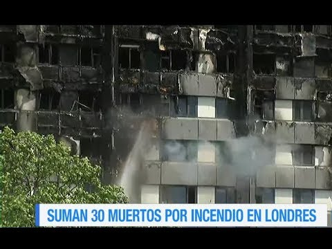 Suman 30 muertos tras incendio en edificio de Londres Video