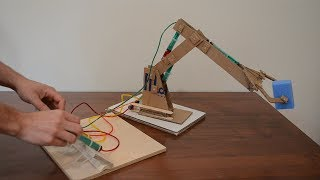 How to make hydraulic robotic arm from cardboard - DIY