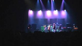 Watch Neil Young Gateway Of Love video