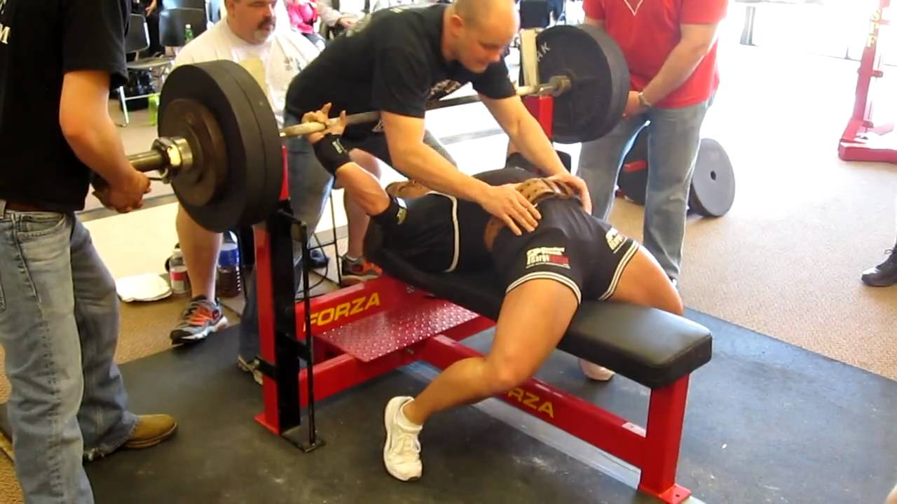 laura phelps sweatt 510 pound bench press at the spf