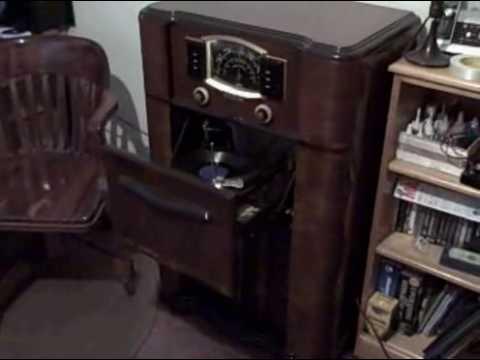 Antique Zenith Console Radio Phonograph Zenith Tube Radio Phonograph
