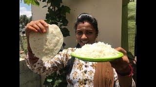 பழைய சாதம் வீண் அடிக்காதீங்க .. பூ மாதிரி  ரொட்டி செய்யலாம்   Old Rice Rotti