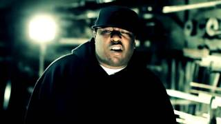 Клип E-40 - He's a Gangsta ft. Kaveo & The Jacka