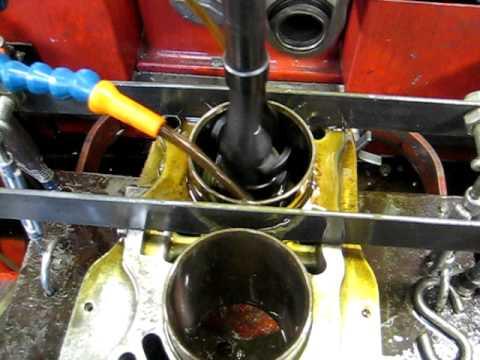 Bobby Rahal Acura on Honen Van Cilinders Naar  25mm 1e Overmaat Honing Of A Handa Cb750