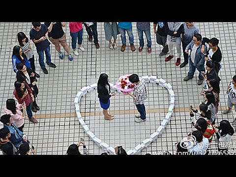 Man Publicly Rejected After Proposing With $82k Worth Of Iphones Instead Of Diamonds video